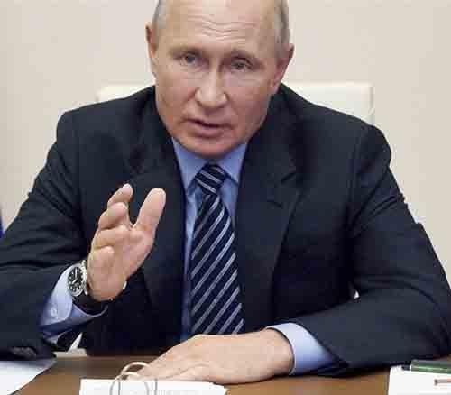 Πούτιν: Η Ρωσία ανέπτυξε το «πρώτο» εμβόλιο κατά του κορονοϊού. Εμβολιάσθηκε μία από τις κόρες του