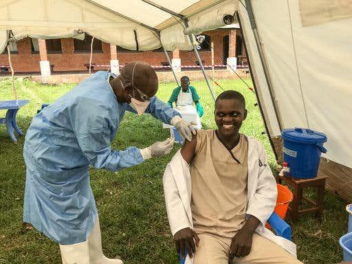 Ελπίδες για θεραπεία του Έμπολα χάρη σε δύο νέα πειραματικά φάρμακα
