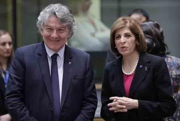 H Επίτροπος Κυριακίδου ανακοίνωσε συμφωνία αγοράς υποψηφίου εμβολίου από την AstraZeneca