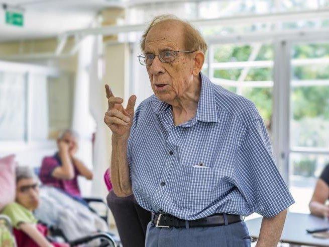 Έφυγε από τη ζωή ο γνωστός παιδίατρος Αμερίκος Αργυρίου