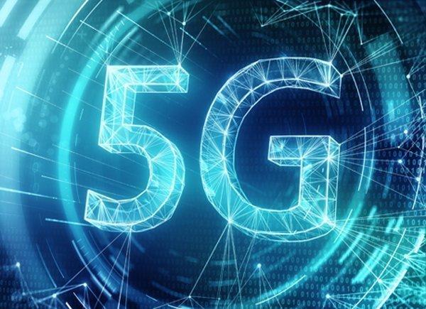 Οι κίνδυνοι για τη δημόσια υγεία από τη χρήση του δικτύου 5G προβληματίζουν τη Βουλή