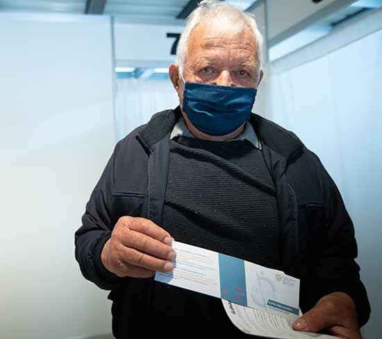 Εμβολιασμός με την 3η δόση εμβολίου κατά της COVID-19 των πολίτων ηλικίας 83 ετών και άνω