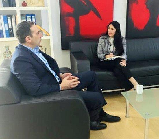 Συνάντηση της βουλευτού ΔΗΣΥ Σάβιας Ορφανίδου με τον Υπ. Υγείας