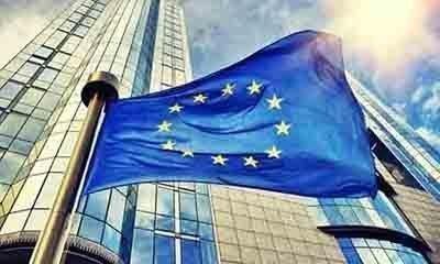 ΕΕ: Προς επεξεργασία το σχέδιο για διαβατήρια εμβολιασμού για αναβίωση του τουρισμού