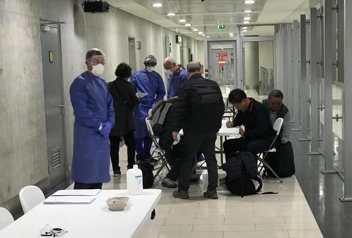 Κ.  Ιωάννου Πολύ ικανοποιητική η οργάνωση του ιατρείου στο Αεροδρόμιο Λάρνακας