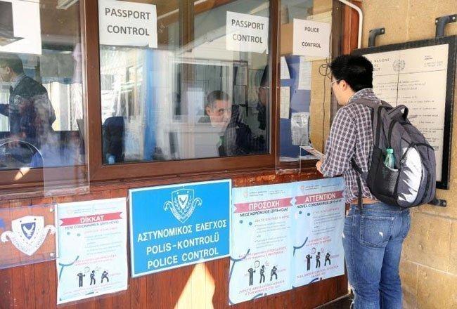 Ενισχύονται οι έλεγχοι στα οδοφράγματα λόγω κορωνοϊού, ενημέρωση την Τετάρτη του Υπουργικού (1)