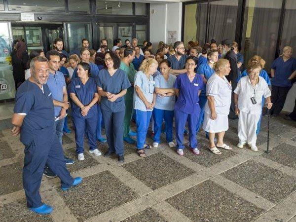 Δίωρη στάση εργασίας πραγματοποίησαν οι νοσηλευτές της ΠΑΣΥΝΟ στο Νοσοκομείο Λεμεσού