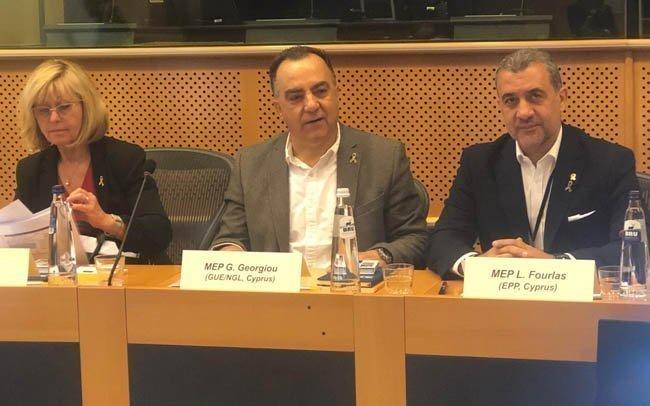 Πολιτική συνάντηση για την καταπολέμηση του παιδιατρικού καρκίνου στις Βρυξέλλες
