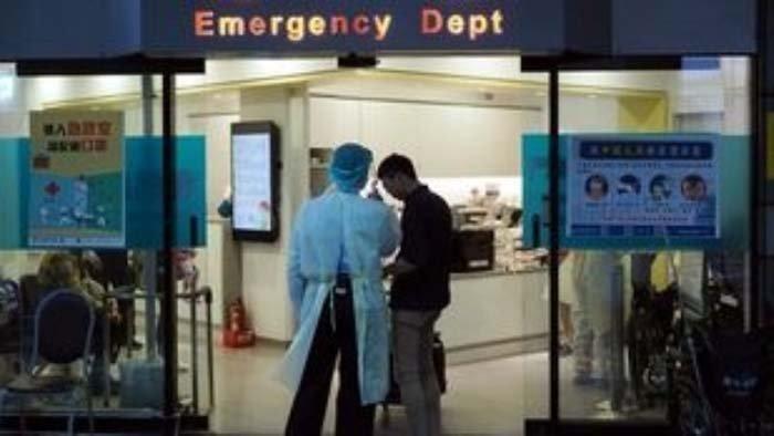 Οι χειρουργικές μάσκες, ένα αμφιλεγόμενο μέτρο προστασίας κατά του ιού