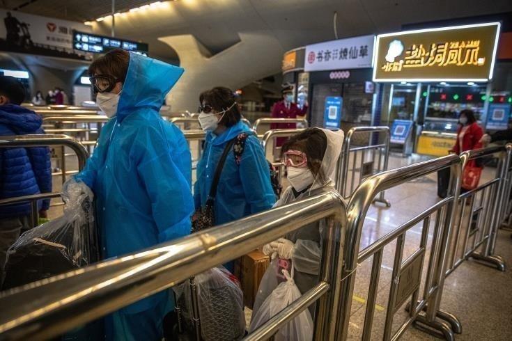 Στην Κύπρο η πρώτη παρτίδα με ιατρικές προμήθειες- μάσκες και στολές- από την Κίνα