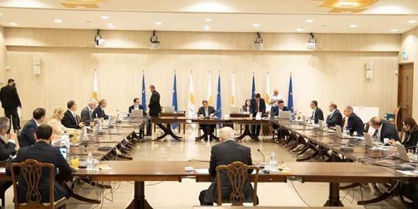 Υπουργικό: Έναρξη γ' φάσης χαλάρωσης στις 9 και λήξη στις 24 Ιουνίου