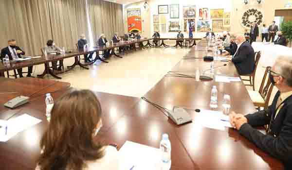 Συνάντηση Πρόεδρου  με την επιδημιολογική συμβουλευτική ομάδα, Τετάρτη Υπουργικό